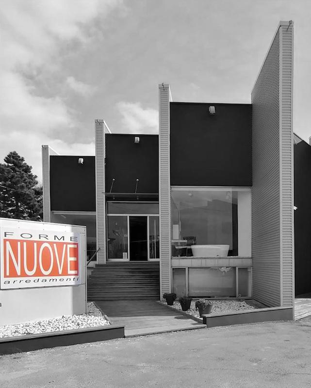 Negozio di arredamento a Imola (Bologna)